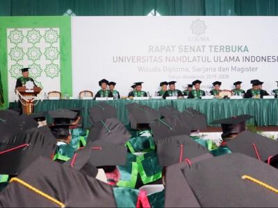 Wisuda Unusia, Rektor: Kampus Bekali Mahasiswa Pengetahuan dan Kebijaksanaan