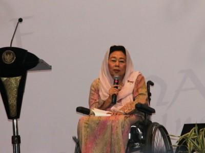 Terima Anugerah Doktor Kehormatan, Nyai Sinta Nuriyah Punya Dua Peran Strategis
