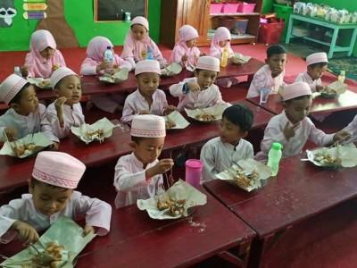 Mengenalkan Al-Qur'an Sejak Dini, Nuris Dirikan 'Quranic Baby Class'