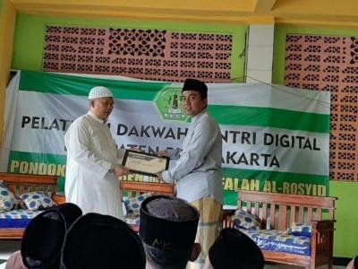 Santri Al-Falah Plered Purwakarta Ikuti Pelatihan Dakwah Digital