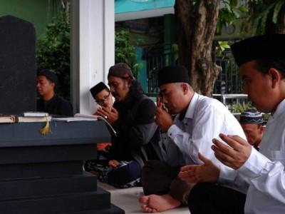 KH Abdullah bin Nuh, Ulama Penyair dan Penyiar Kemerdekaan Indonesia