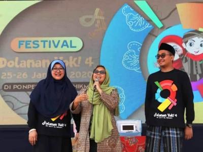 Alissa Wahid Semangati Festival Permainan Rakyat di Pasuruan