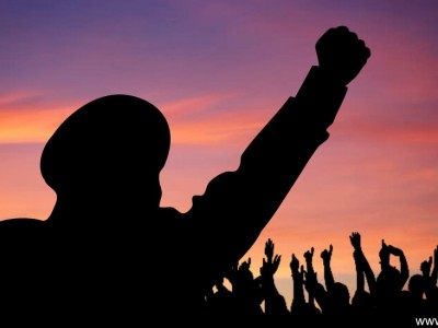 Hukum Ucapan 'Saya Wakafkan Diriku untuk Islam'