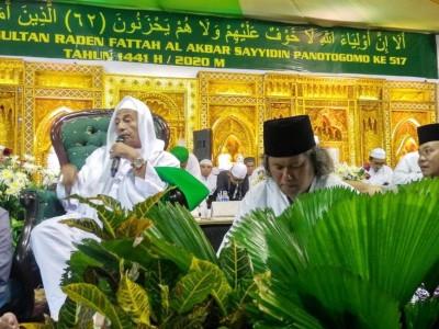 Habib Luthfi: Jangan Sepelekan Kiai Kampung