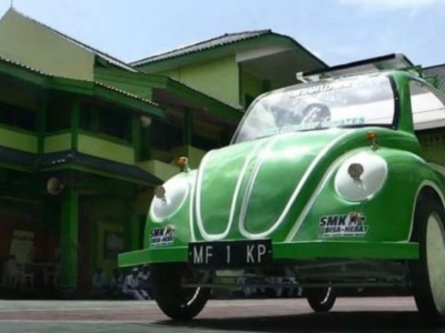 Siswa SMK Ma'arif 1 Wates Bikin Mobil Listrik Tenaga Surya 