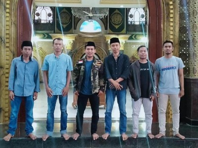 Keikhlasan Mbah Kholil Bangkalan di Mata Pengusaha