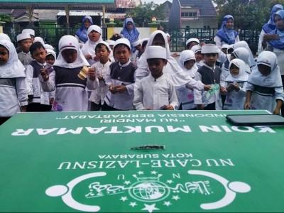 Koin Muktamar NU Sapa Lembaga Pendidikan Khadijah Surabaya