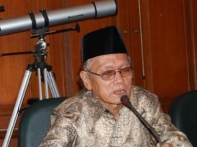 Saat KH Ghazalie Masroeri Kisahkan Ulama Ahli Falak dari Jombang