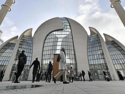 Masjid di Jerman Dijaga Ketat Usai Serangan Rasis di Hanau