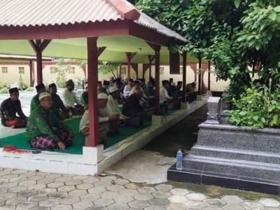 Jelang Harlah, PCNU Pamekasan Ziarah ke-23 Maqbarah Pendiri NU