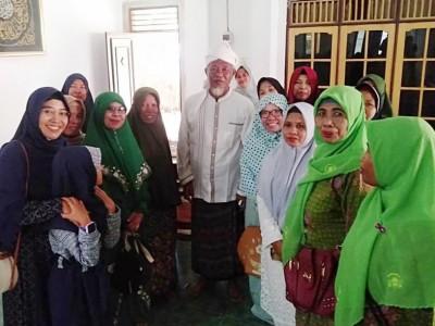 Jelang Konfercab, Muslimat NU Lombok Tengah Silaturahim Ke Tokoh-tokoh NU