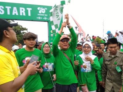 Ribuan Warga Rembang Ikuti Jalan Pagi Bareng Gus Mus