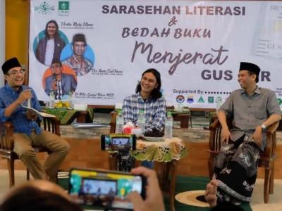 Bedah Buku Gus Dur di Bondowoso Membawa Pesan Cinta Tanah Air