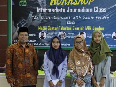 Dekan Syariah IAIN Jember Ajak Mahasiswa Dalami Literasi