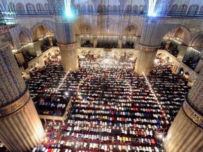 Turki Juga Tangguhkan Shalat Jamaah di Masjid