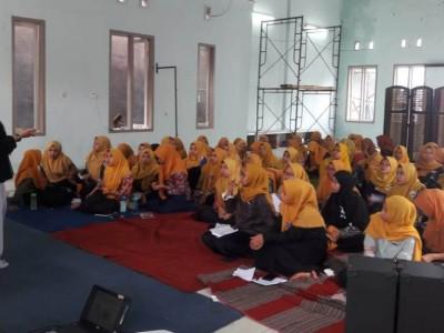 Sekolah Kader Putri Tingkatkan Daya Baca Kritis Kopri PMII Unisma
