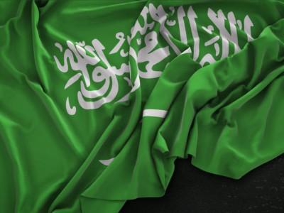Covid-19, Saudi Hentikan Penerbangan Domestik dan Transportasi Publik