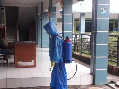 Disinfektan Langka, Pesantren Tebuireng Manfaatkan Pemutih Pakaian