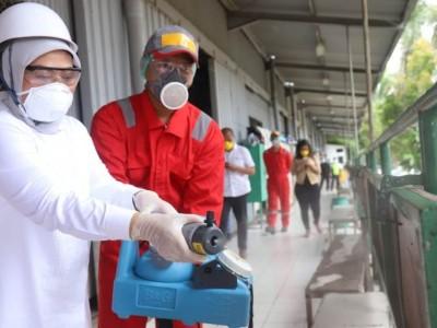 Menaker Dorong Penyemprotan Disinfektan di Tempat Kerja