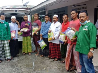 NU Malaysia Bagikan Sembako untuk WNI