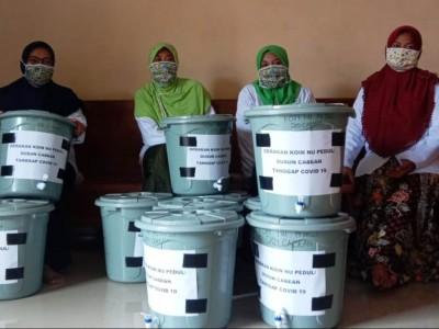 Ringankan Beban Warga, LAZISNU di Nganjuk Bagikan Paket Sembako