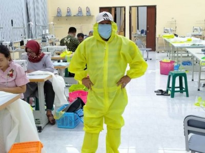 Kemnaker Bagikan 180 Ribu Masker Buatan BLK Se-Indonesia