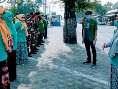 Generasi Muda NU Kepung Kediri Bagikan Sembako dan 5000 Masker