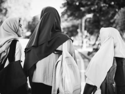 Rencana dan Realitas Bantuan Sosial Pemerintah kepada Perempuan