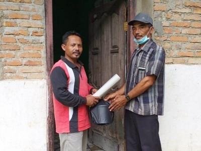 Gandeng IPNU-IPPNU Lampung Tengah, LAZISNU Bagikan Paket Sembako