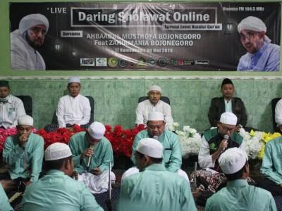 Peringati Nuzul Qur'an Bersama Habaib Bojonegoro dengan Sholawatan Virtual