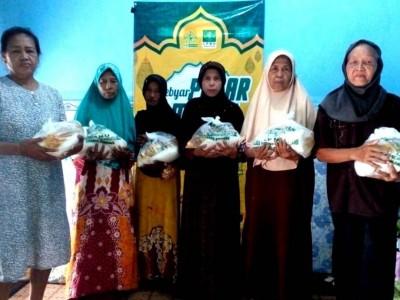 Ringankan Beban Covid-19, LPNU Kencong Jember Gelar Pasar Murah