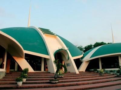 Masjid Jamik Al-Baitul Amin Jember Tiadakan Shalat Idul Fitri