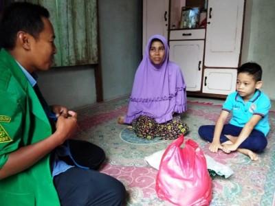 Ansor Melawi Kalbar dan LAZISNU Bagikan Sembako Lebaran untuk Yatim