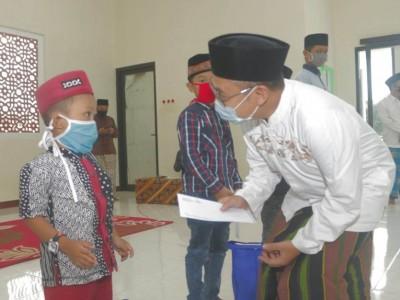Akhir Ramadhan Kampus Ipmafa Pati Santuni Anak Yatim dan Dhuafa