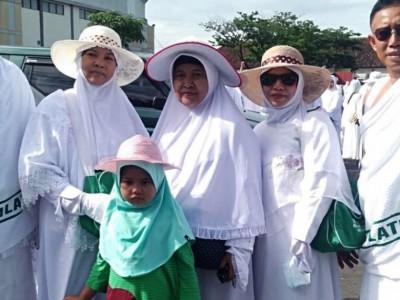 Gagal Berangkat, Calon Jamaah Haji dari TulungagungMerasa Ambyar