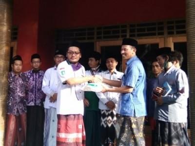 LAZISNU Rembang Salurkan Bantuan ke Pesantren Ash-Shiddiiqiyyah Dadapan