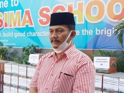 Peduli Terdampak Covid-19, Nasima Semarang Salurkan Bantuan ke Warga Sekitar Sekolah
