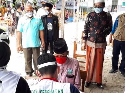 Pesantren Kiai Anwar Zahid Bojonegoro Beri Layanan Rapid Test Gratis