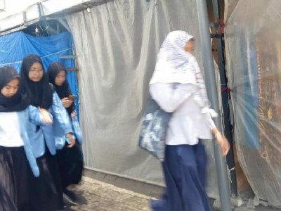 Makam Gus Dur Masih Tutup, Pedagang Sekitar Bekerja Serabutan