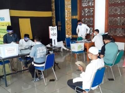 Ratusan Relawan Pandu Jamaah Shalat Idul Adha di Masjid Al-Akbar