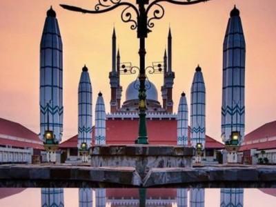 Masjid Agung Jawa Tengah Dijadikan Ikon Wisata Religi Semarang