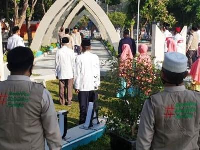 Jamaah Shalat Id Masjid Al-Akbar Surabaya Harus Patuhi Protokol Kesehatan