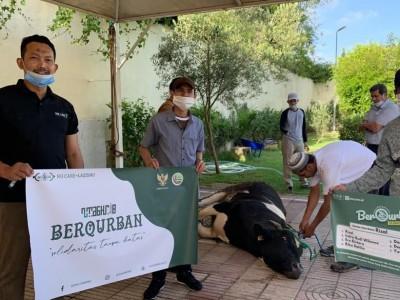 NU Maroko Bagikan Daging Kurban ke WNI dan Warga Sekitar