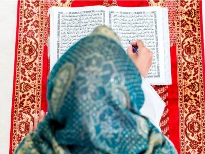 4 Cara Mencintai Al-Qur'an