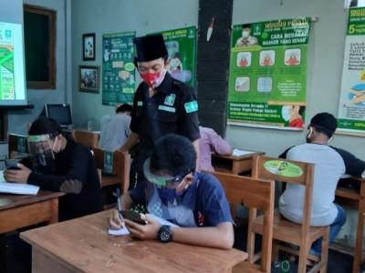 Rumah Belajar, Upaya LPBINU Bangil Pasuruan Fasilitasi Siswa di Masa Pandemi