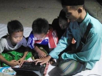 Fasilitasi Internet Gratis  Pelajar, IPNU Bojonegoro Utama Kawasan Pinggiran
