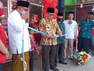 Dorong Kemandirian Ekonomi, Pesantren Motivasi Indonesia Bekasi Resmikan PMI Mart