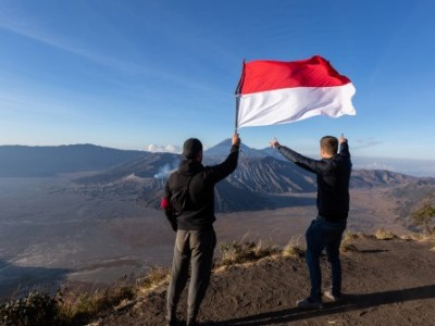Gus Yusuf: Hamparan Sajadah itu Bernama Indonesia