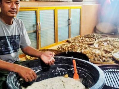 Anggota Banser Pringsewu Ini Sukses Tekuni Usaha Siomay