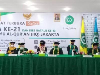 Kepada Wisudawan, Rektor IIQ Jakarta Menitipkan Nilai Al-Qur'an dan Akhlak Terpuji